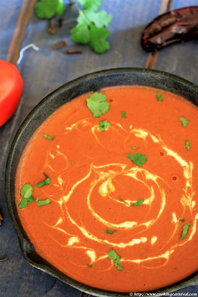 Punjabi gravy in cast iron pan