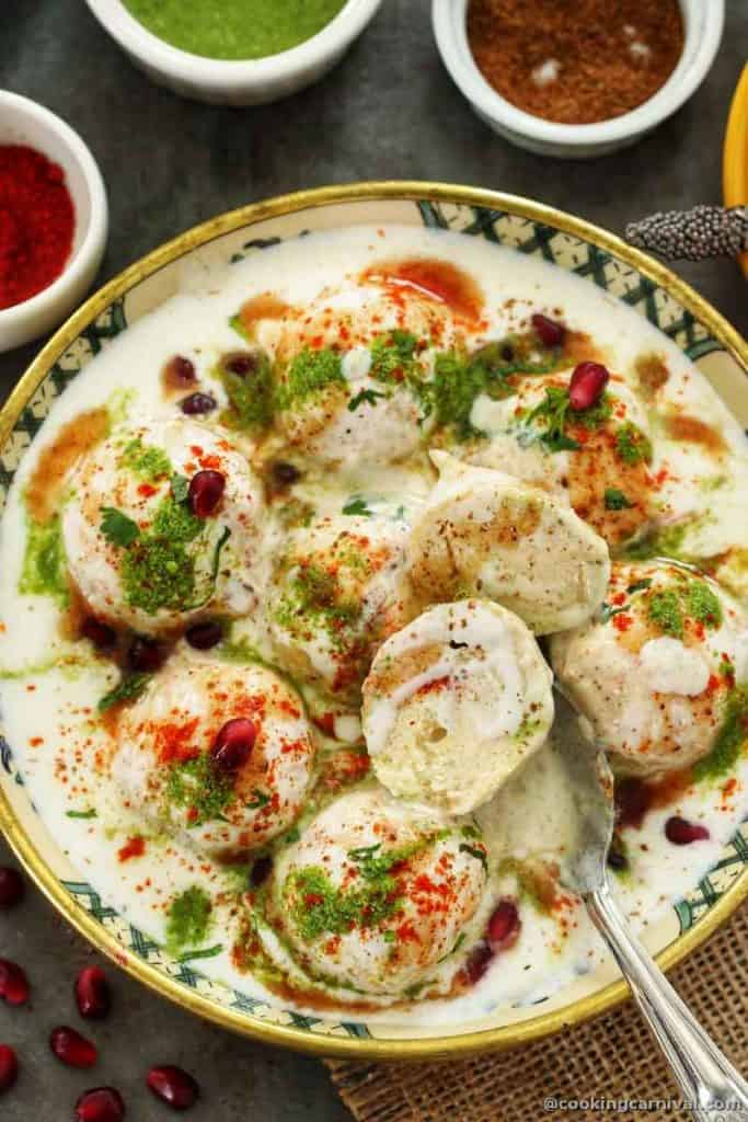 cut dahi bhalla from the middle and showing the texture