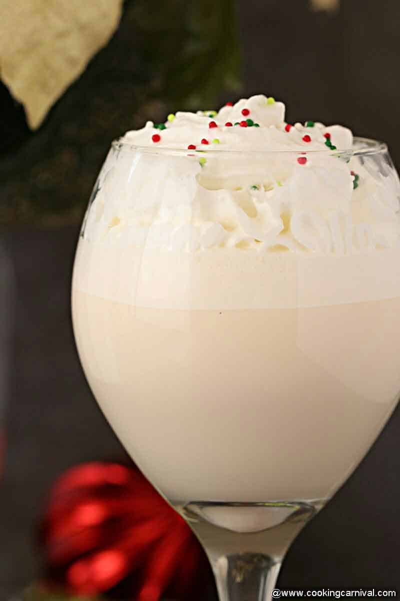 White Christmas Punch close up