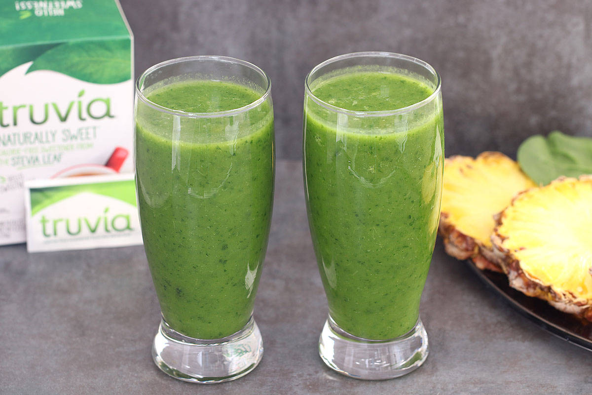 Pineapple Coconut Spinach Smoothie
