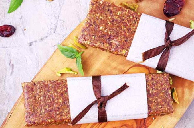 paleo energy bars / vegan energy bars / no bake energy bars / healthiest energy bars / gluten free energy bars