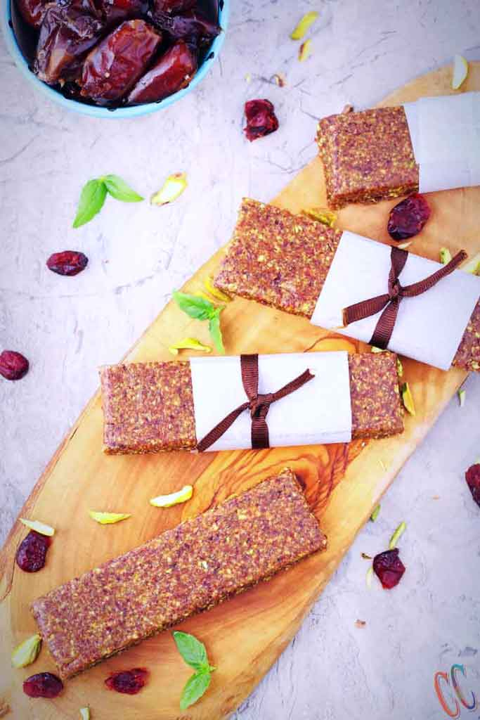 no bake energy Bar / energy bar recipes / date energy bars /