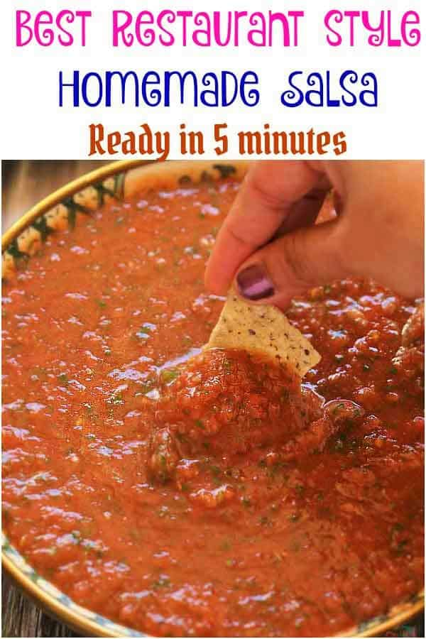 Homemade Salsa Restaurant Style - Comes together in 5 minutes and tastes just like it came from Mexican food restaurant! So much better than a store bought jar salsa.