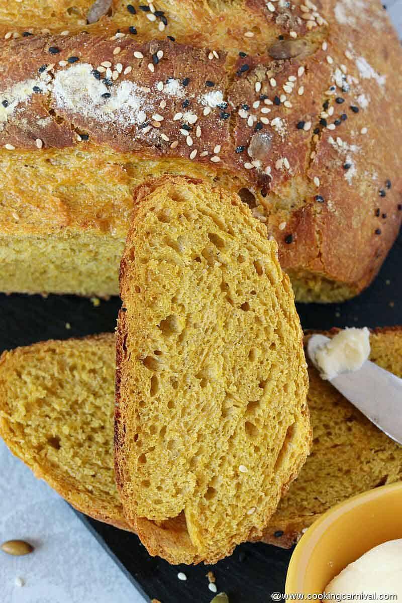 No knead pumpkin bread slices