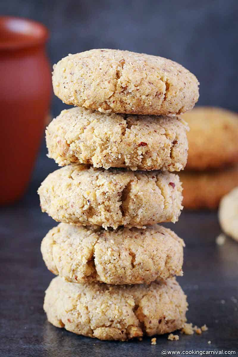 stack of oats aata cookies