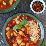 2 bowl o minestrone soups