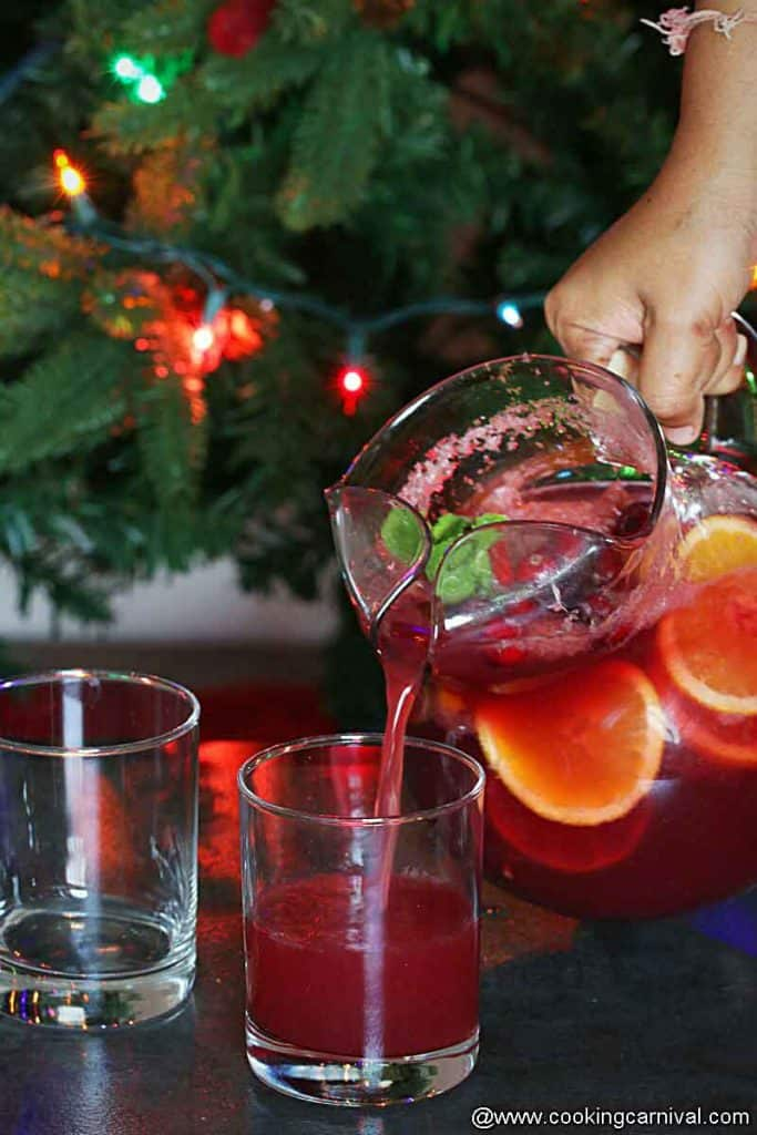 serving Non-alcoholic sangria in a glass