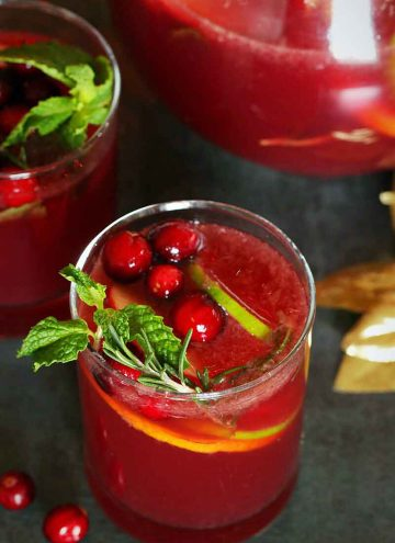 Non-alcoholic sangria in a glass