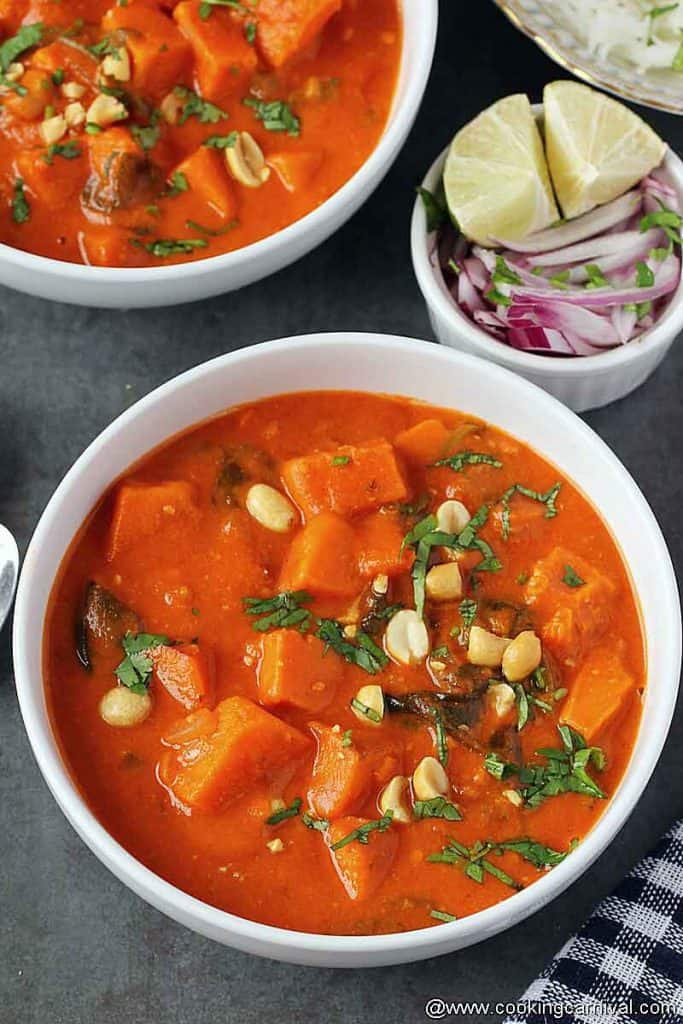 African peanut stew in a bowl