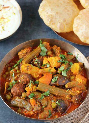 Gujarati Undhiyu recipe in traditional kansa bowl