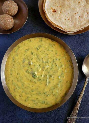 Methi Chana Na Lot No Ghegho in a bowl
