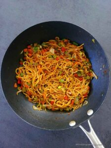 noodles stuffing for samosa in a wok